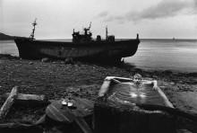 Человек в горячих источниках на Курильских острова - Шербел, Шепард