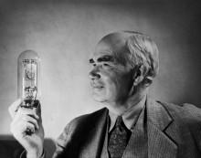Ли Форест: Демонстрация своей аудио-и осциллирующие трубки