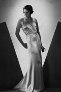 Атласное платье - Диас, Луиджи