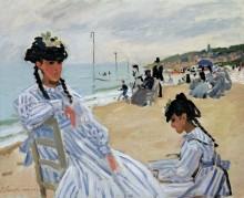 На пляже в Трувиле - Моне, Клод