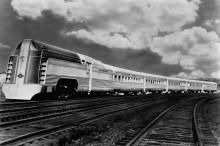 Поезд из нержавеющей стали