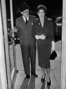 Джозеф П. Кеннеди с невесткой