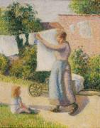 Женщина, развешивающая белье после стирки - Писсарро, Камиль