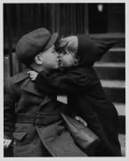 Поцелуи детей