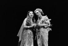 """Сцена из """"Волшебной флейты"""" - Новински, Ира"""