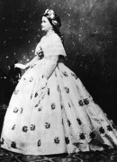 Мэри Тодд Линкольн в вечернем платье - Бреди, Мэтью