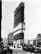 Таймс-сквер во время строительства здания Таймс