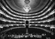 Интерьер оперного театра Ла Скала