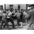 Человек задержанный при попытке бегства  Во время бунта