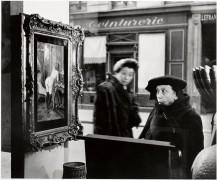 Дама у витрины галереи Роми, Париж, 1947 - Дуано, Робер