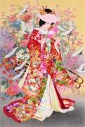 Гейша в красочном костюме