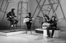 Выступление рок-группы Badfinger на телевидении - Шербел, Шепард