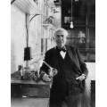 Томас Эдисон в своей лаборатории - Камерон ,Джулия Маргарет