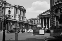 Внешний вид Банка Англии и Королевской биржи - Гендро, Филипп