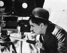 Чарли Чаплин за видеокамерой