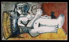 Лежащая обнаженная с котом - Пикассо, Пабло