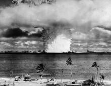 Ядерное облако после испытаний в Тихом океане