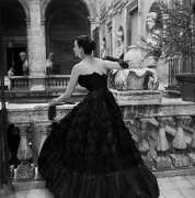 Черное платье Висконти в Риме - Нейлор, Женевьева