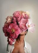 Девушка с розовыми пионами - Копии Эми Джадд