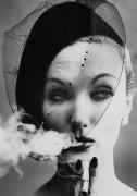 Сигарета и вуаль, Вог, Париж, 1958 - Кляйн, Вильям