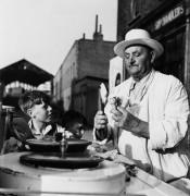 Продавец мороженого - Маги