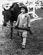 Джеки Бувье с пони