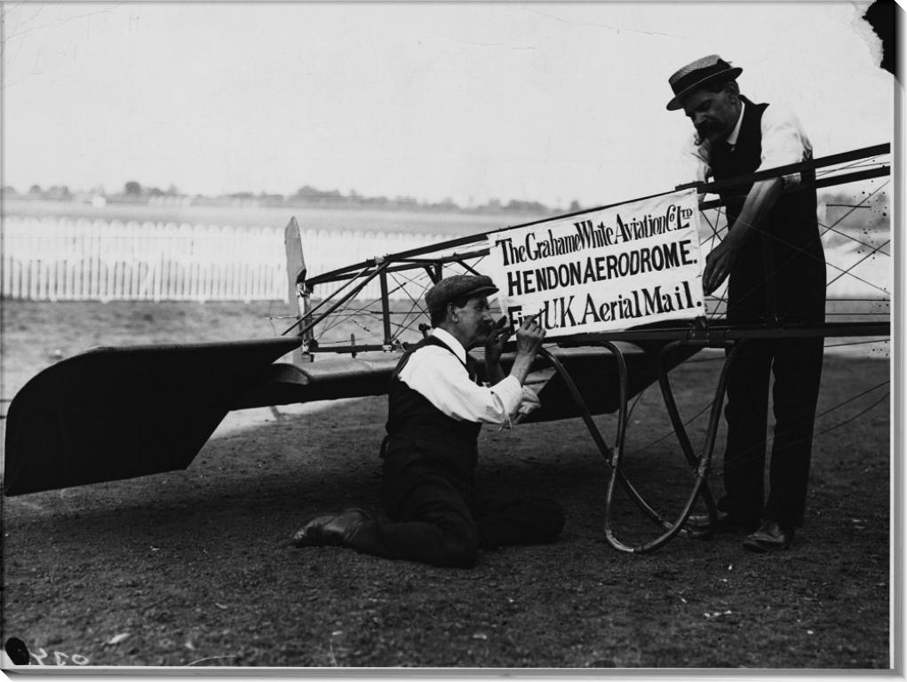 Первый почтовый авиаперелет