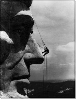 Ремонтник на лице Мемориала на Гудзон Борглум Авраама Линкольна с горы Рашмор