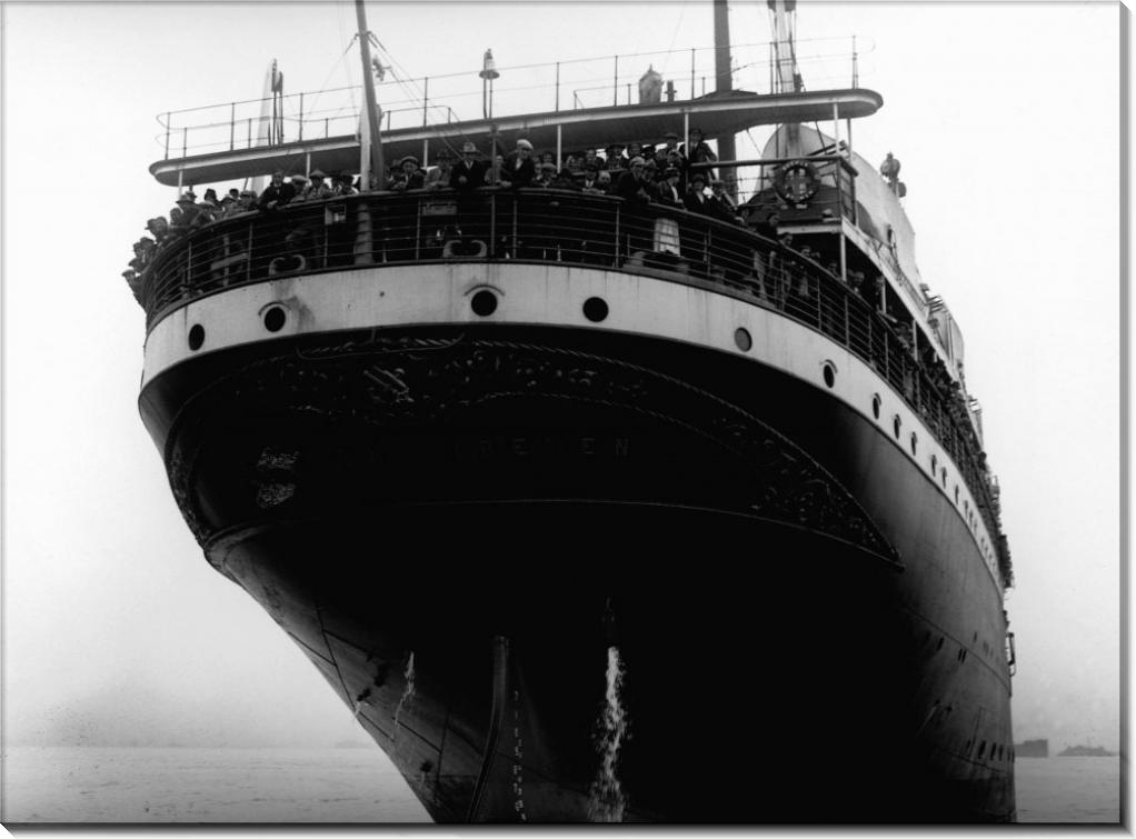 Иммигранты на океанском лайнере