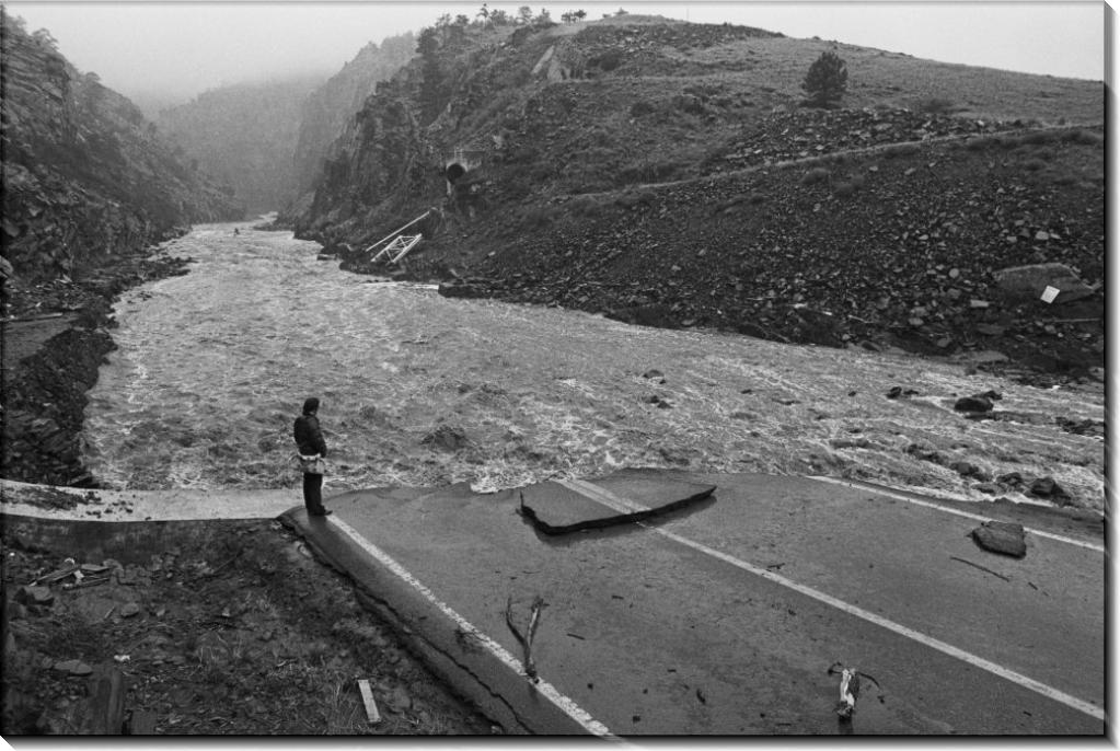 Ущерб от  потопа реки Большого Томпсона
