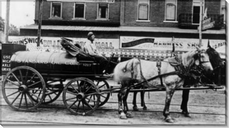 Первые вагоны-цистерны для нефти