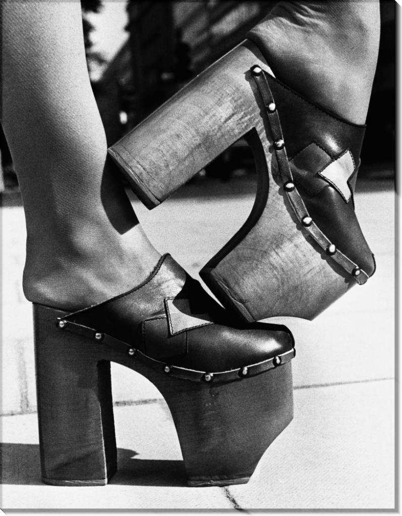 Туфли на высокой платформе